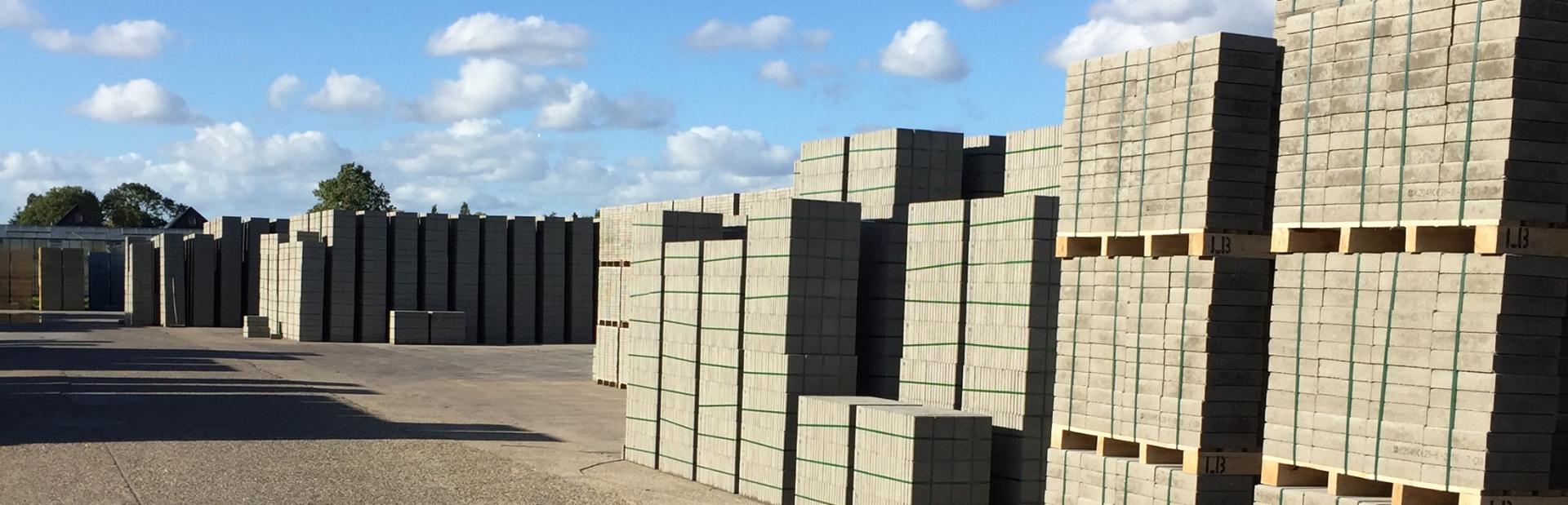 Betontegels 60x60 Brabant.B V Betonfabriek V H Gebr Langhout Gespecialiseerd In Betontegels